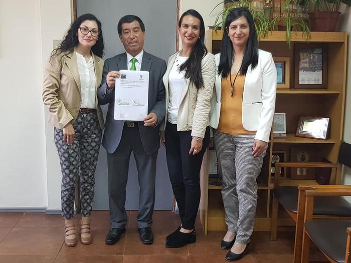 ALCALDE RENUEVA CONVENIO CON GENDARMERÍA DE CHILE