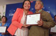 FAMILIAS MAPUCHES DE CAÑETE RECIBEN SUBSIDIOS PARA OBRAS DE RIEGO MENOR