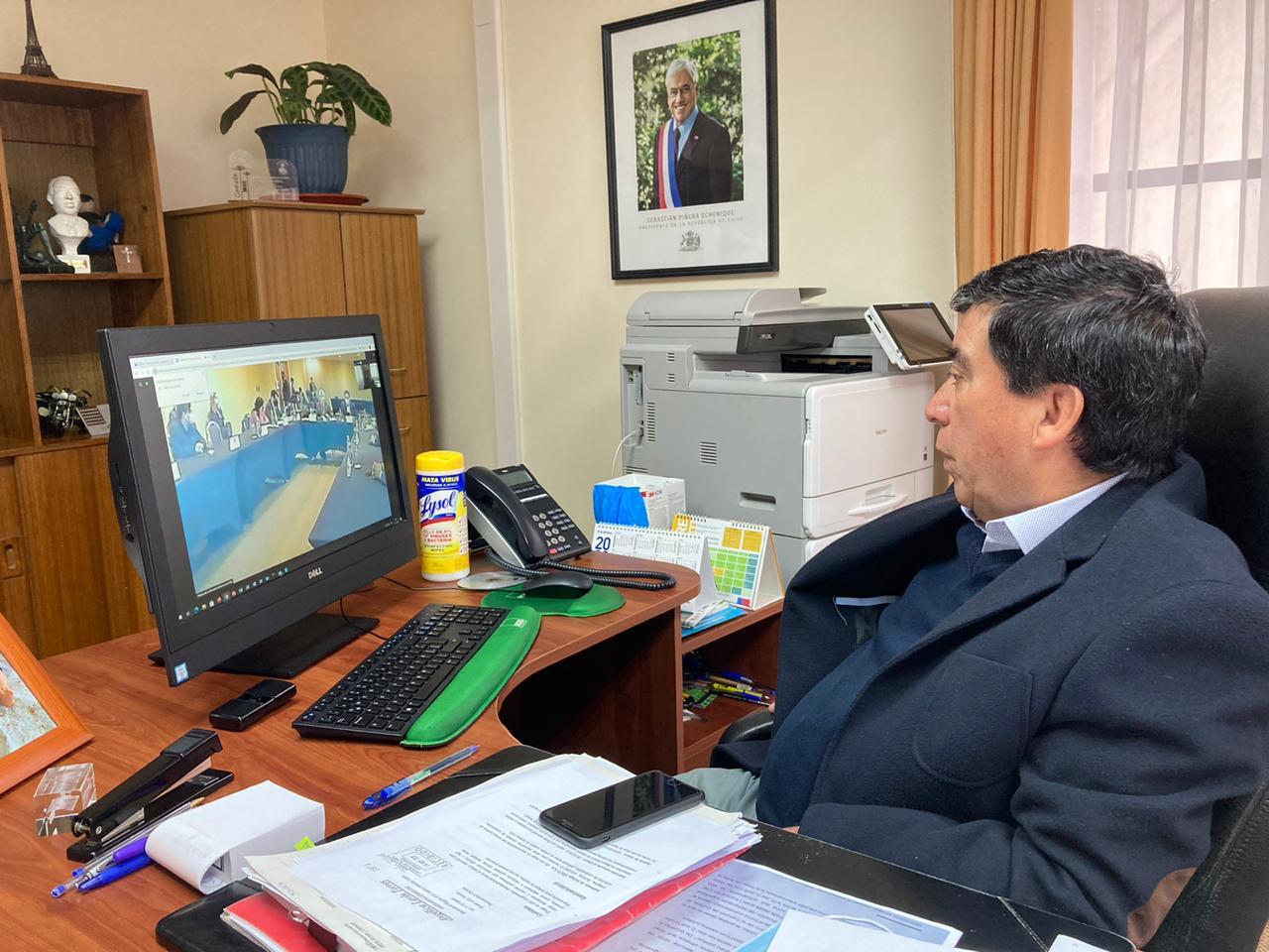 ALCALDE RADONICH PLANTEA PROYECTOS Y NECESIDADES DE LA COMUNIDAD CAÑETINA EN REUNIÓN CON EL PRESIDENTE DE LA REPÚBLICA Y AUTORIDADES DEL BIOBÍO