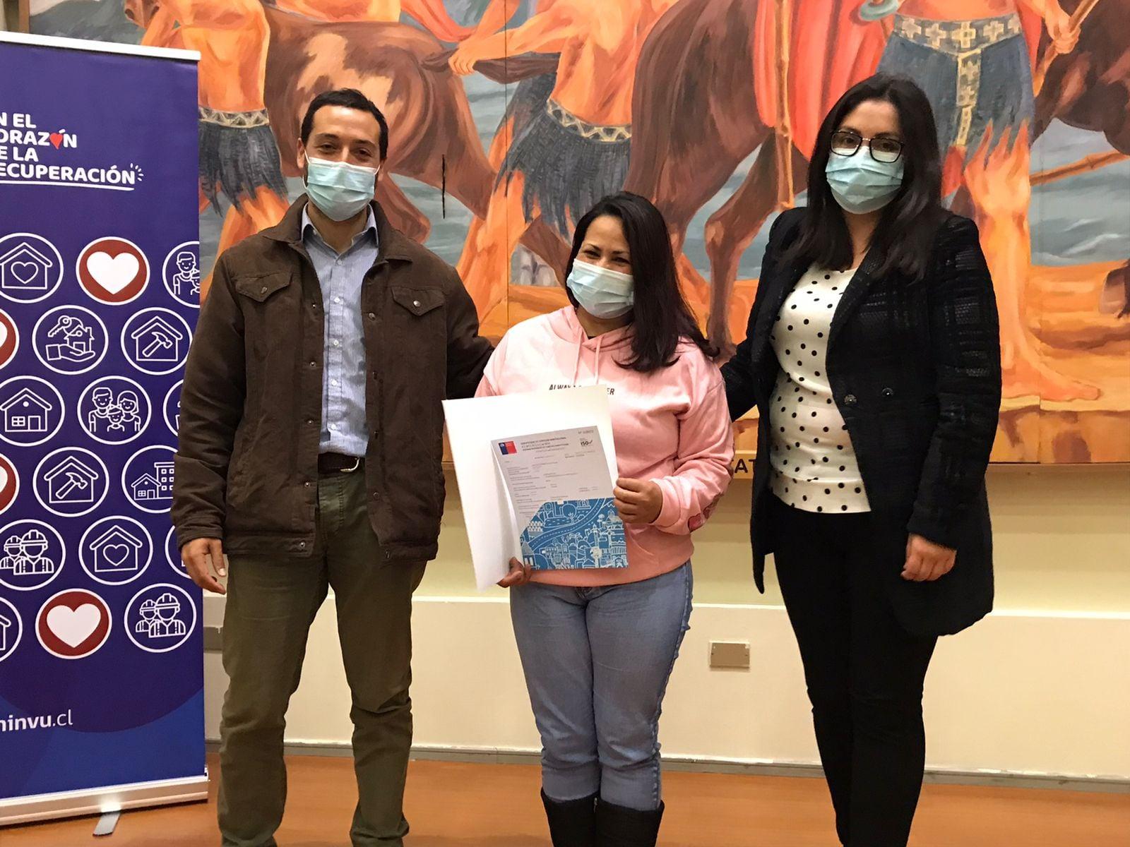 FAMILIAS CAÑETINAS RECIBEN SUBSIDIO PARA CUMPLIR CON EL SUEÑO DE LA CASA PROPIA